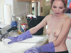 House Cleaning Petite Teen Beauty Fucks Him