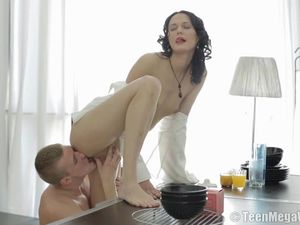 Perfect Beauty Blows Him With Teenage Passion