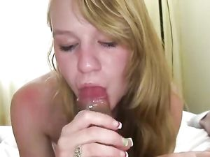 Fresh 18 Year Old Makes Her First Fuck Film