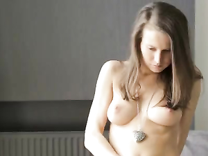 Masturbating Stunner Has A Breathtaking Body